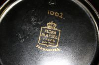 50's dish, Dutch, black